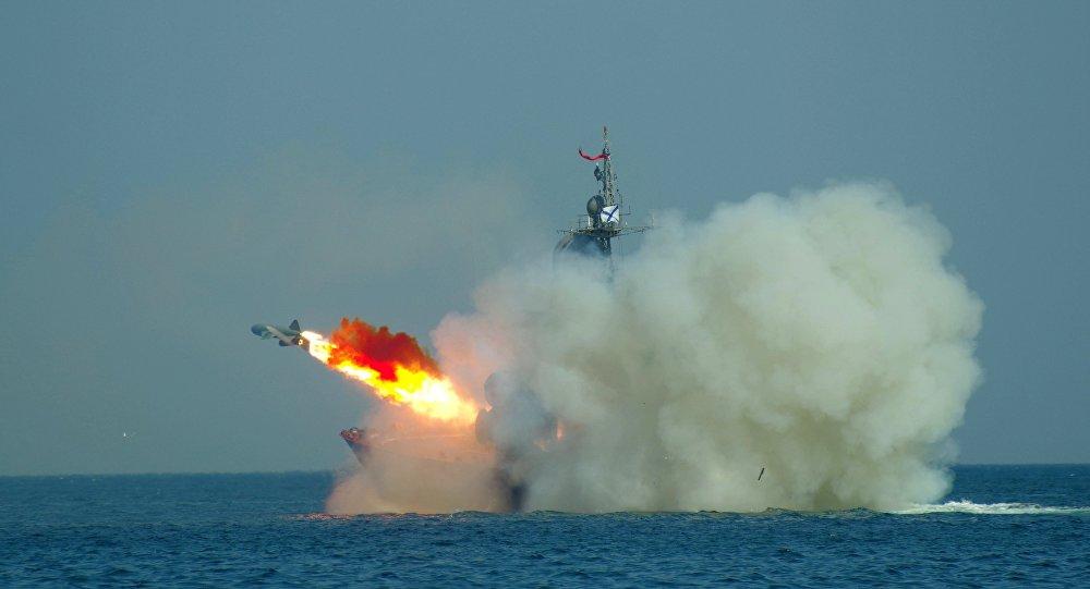 Tir d'un missile surface-air