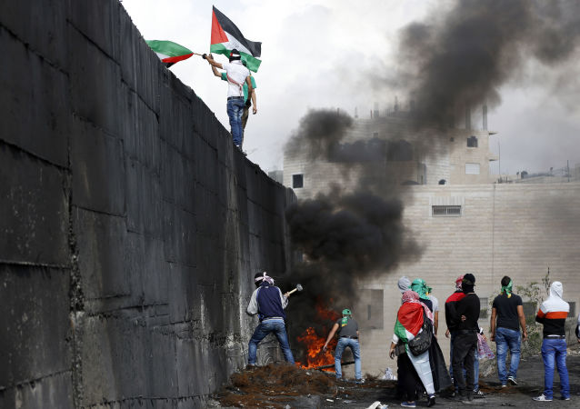 Mur entre la Cisjordanie et Jérusalem-Est
