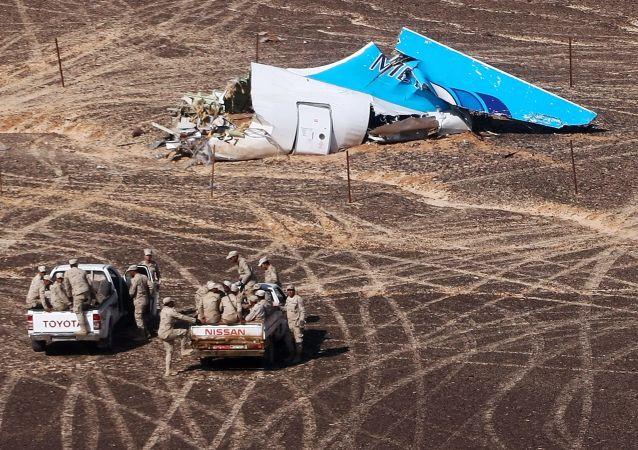Debris de l'avion A321 dans le Sinaï