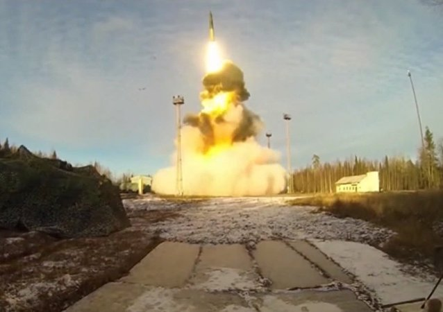 Un missile Topol tiré depuis le cosmodrome de Plessetsk