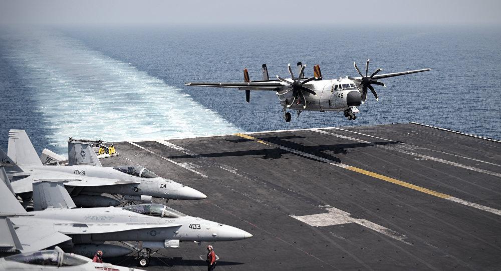 un porte-avion américain