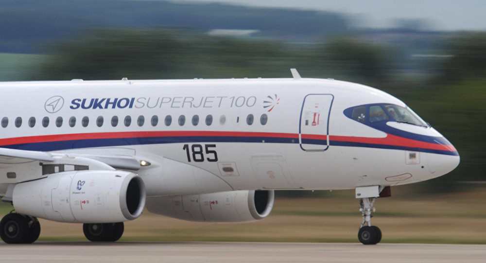 Le moyen-courrier Sukhoï SuperJet-100 (SSJ-100)