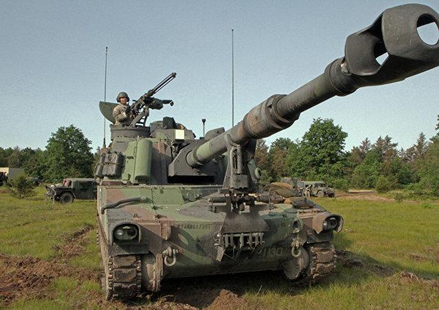 Canon automoteur américain Paladin M109A6