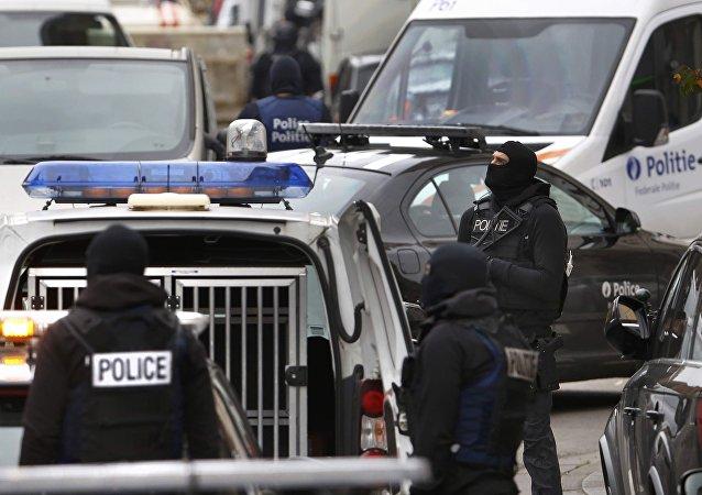 La police belge effectue une perquisition dans la commune de Molenbeek