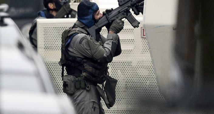 Deux des individus arrêtés ce week-end à Bruxelles et à Molenbeek-Saint-Jean