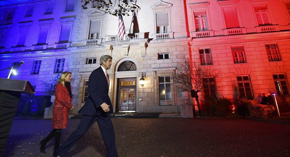John Kerry à Paris