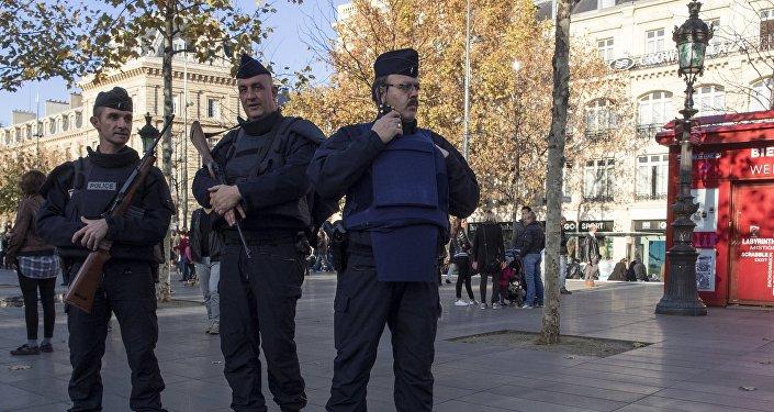 Des policiers françaises, Paris