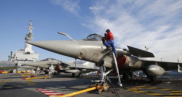 La France a effectué sept frappes contre Daech