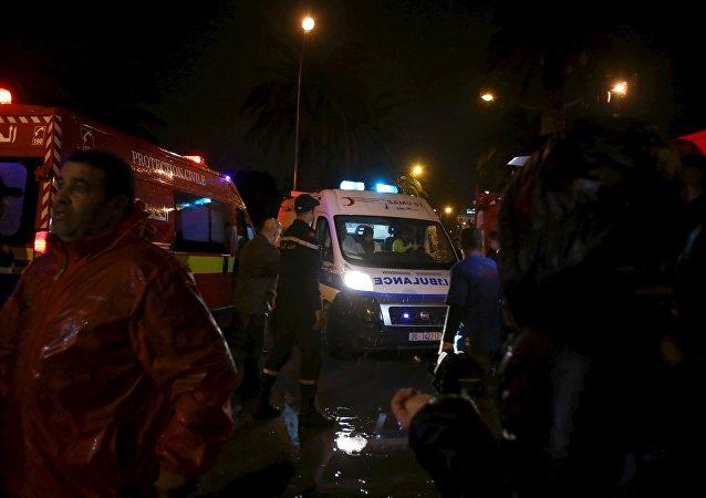 Explosion au passage d'un car de la Garde présidentielle dans le centre de Tunis