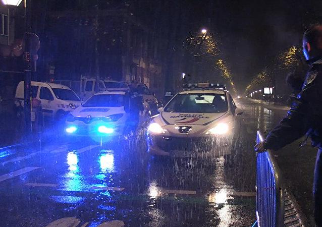 France: un braqueur tué après une prise d'otages à Roubaix