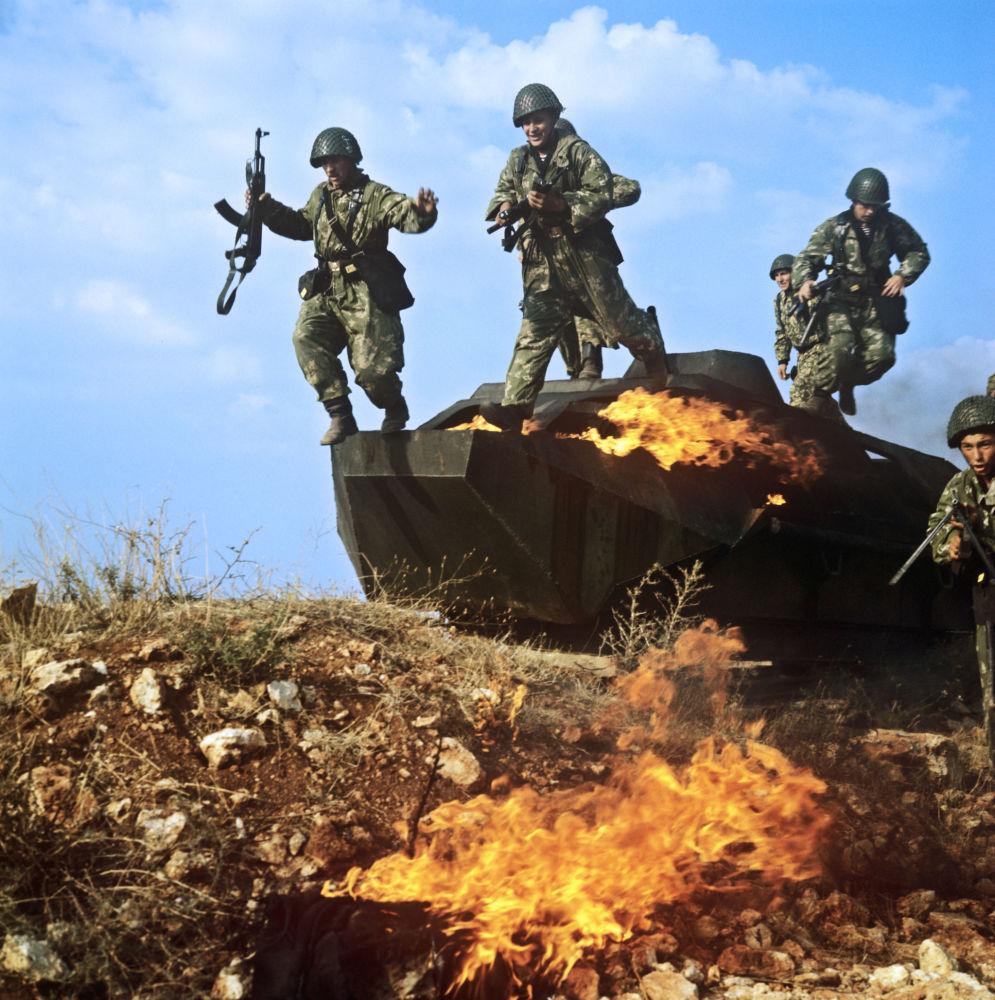 La Mort Noire, l'infanterie de marine russe