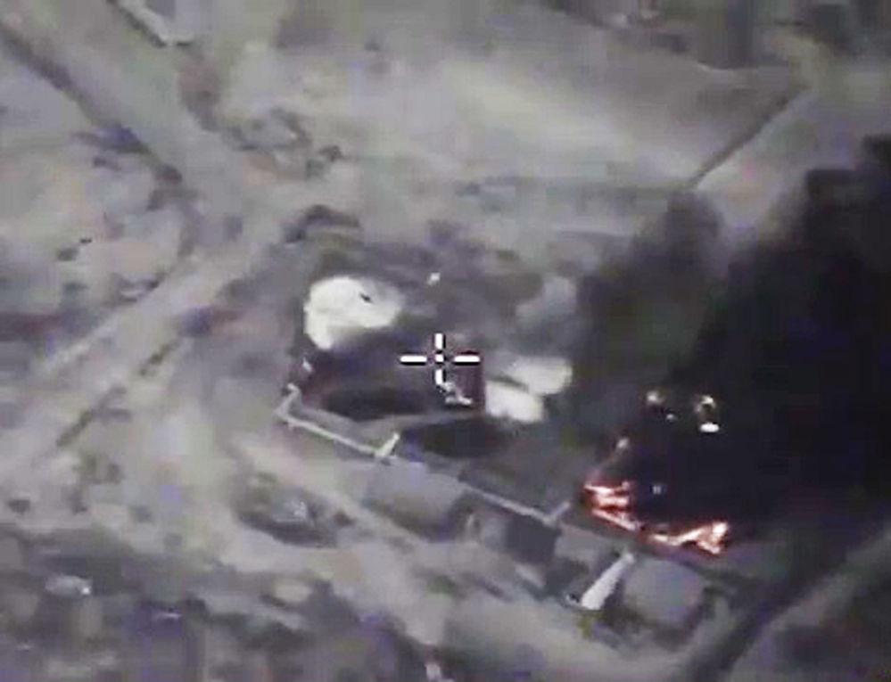 Frappes aériennes russes contre l'EI à Lattaquié et à Raqqa.
