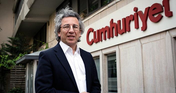 Le rédacteur en chef du quotidien de gauche Cumhuriyet Can Dündar