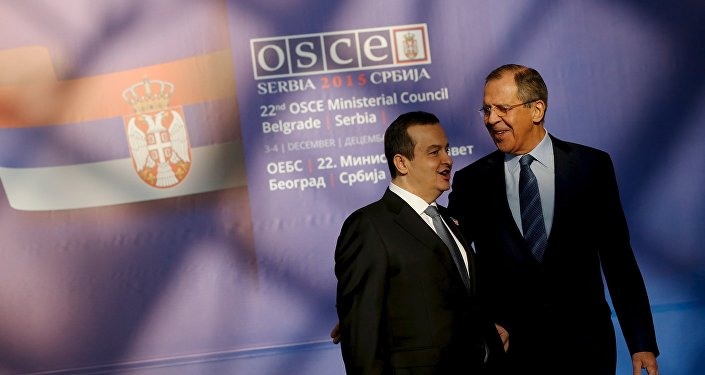 Sergueï Lavrov et Ivica Dacic, Dec. 3, 2015.