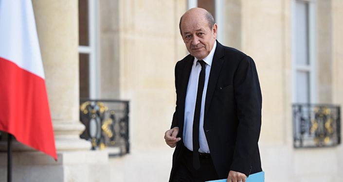 Le Drian, chef de la diplomatie: vers un retour de la realpolitik au Quai d'Orsay?