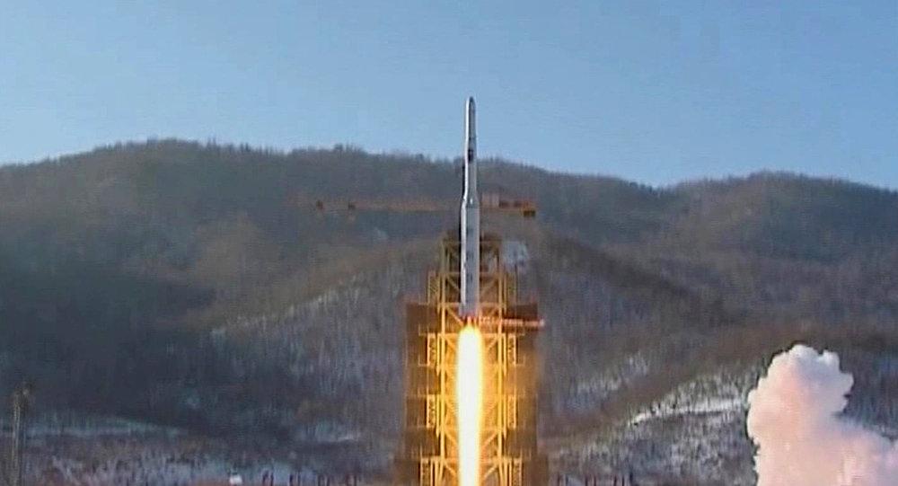 Lancement de la fusée nord-coréenne Unha-3 le 12 décembre 2012