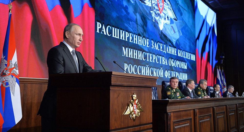 le président russe Vladimir Poutine  lors du collège du ministère russe de la Défense