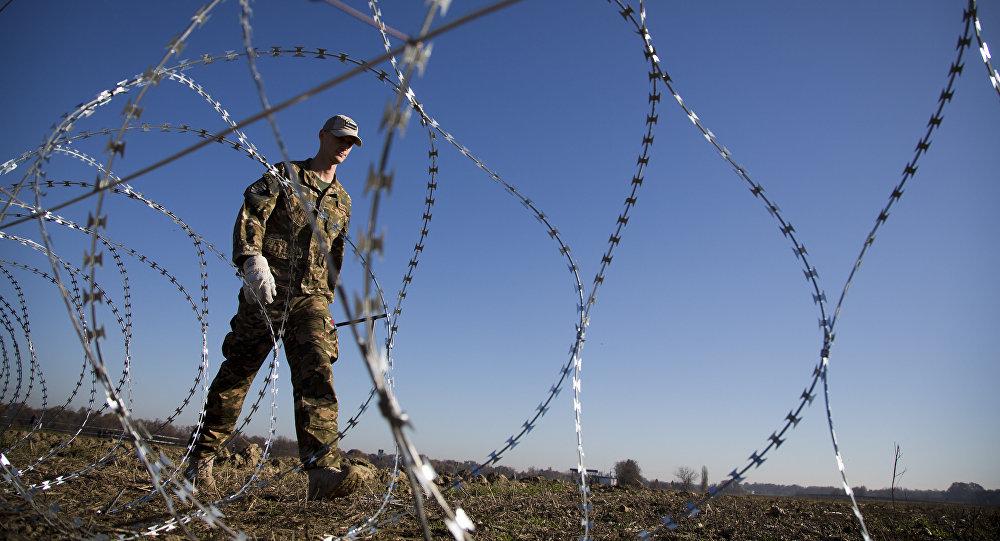 la clôture à la frontière slovéno-croate