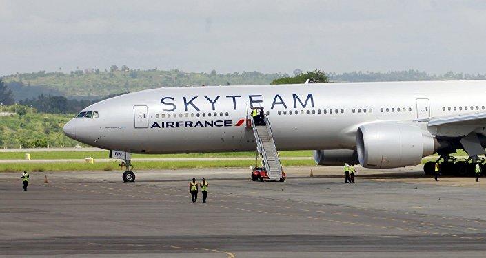 Le Boeing 777 d'Air France qui a effectué un atterrissage d'urgence à Mombasa le 20 décembre 2015