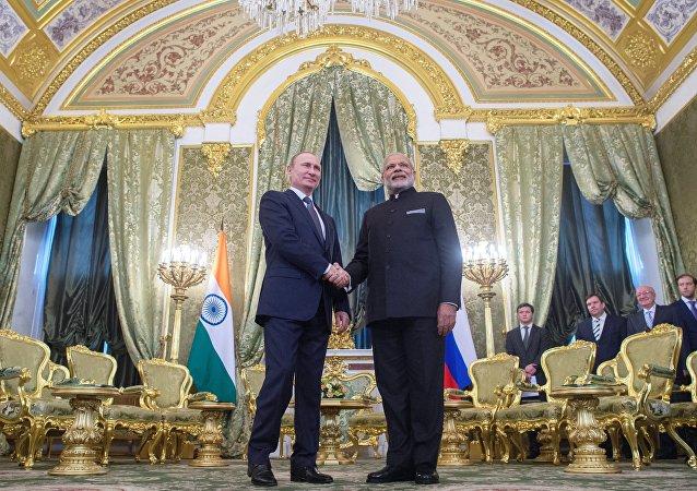 Vladimir Poutine et Narendra Modi
