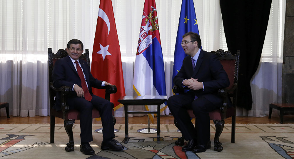 La Turquie appelle la Serbie à l'aide