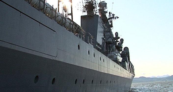 Le croiseur russe Variag, tueur de porte-avions