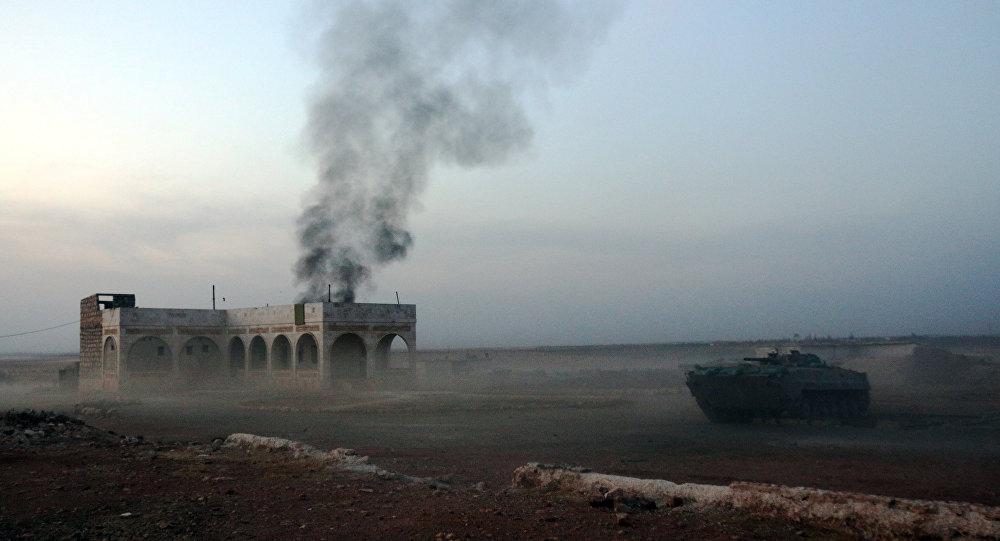 Le champ de bataille des forces hostiles au président Bachar al-Assad et celles gouvernementales, non loin d'Alep