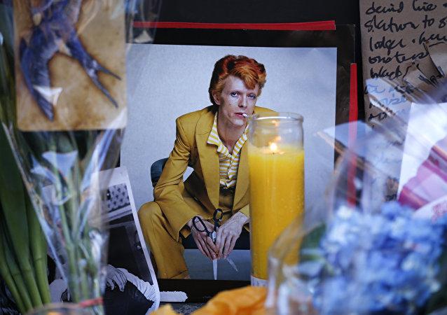 Für Bowie: Berlin rend un dernier hommage à la rock star