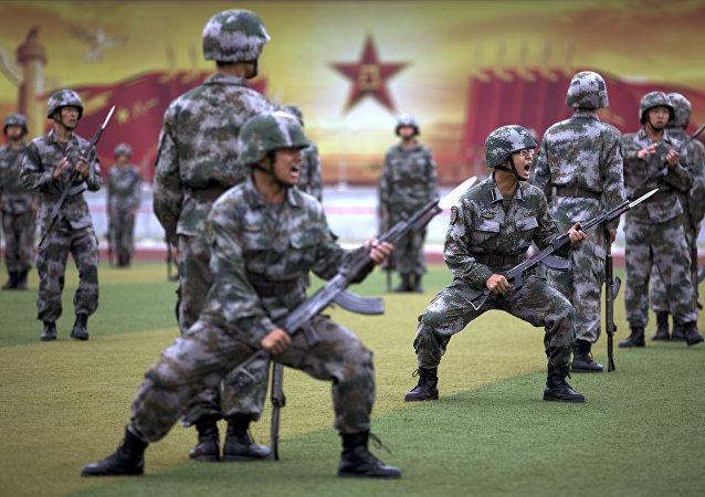 Des militaires chinois à l'entraïnement