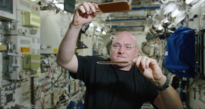 Le ping-pong: le jeu préféré sur l'ISS