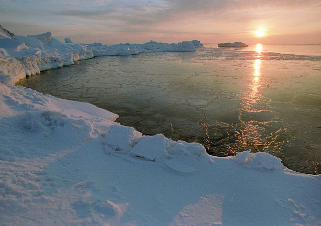 Un coucher de soleil en Arctique