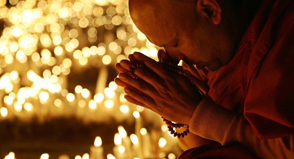 Chine: un moine bouddhiste condamné pour avoir adopté 21 enfants?