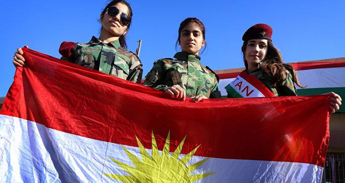 Des jeunes filles kurdes en Irak