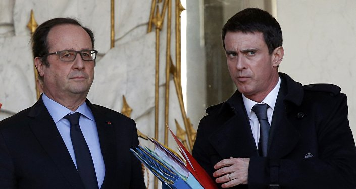 François Hollande et Manuel Valls, Paris, France, Feb. 3, 2016.