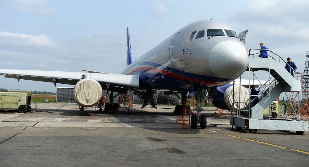 Un Tupolev Tu-214OS (Open Sky), avion développé pour les inspections dans le cadre du Traité Ciel ouvert