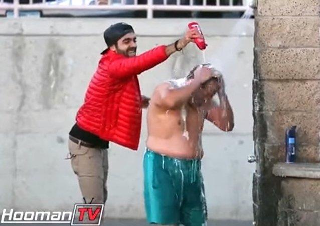 La blague du shampooing infini!