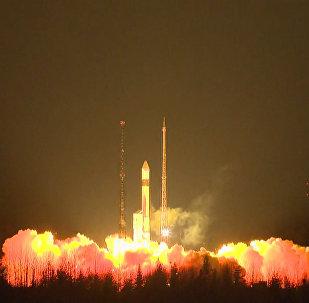 Le lancement de la fusée-porteuse Rockot avec le satellite Sentinel-3A