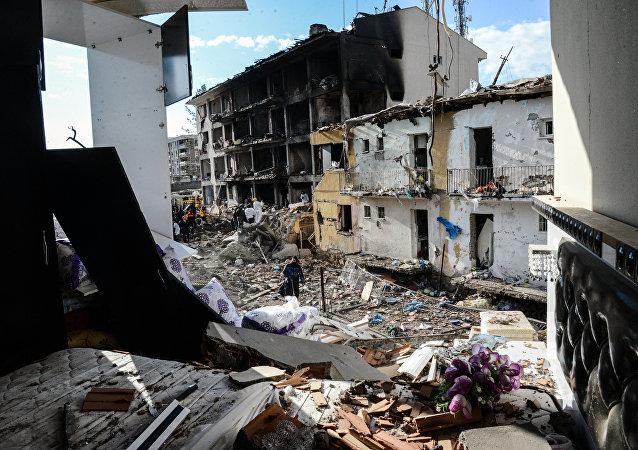 Kurdistan, bâtiments détruits.