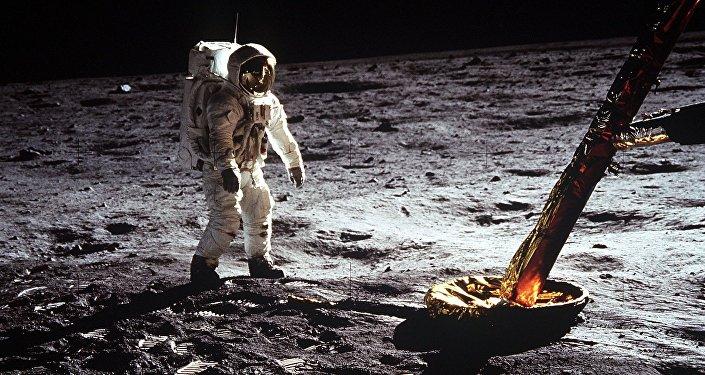 Déménager sur la Lune, c'est pour quand?
