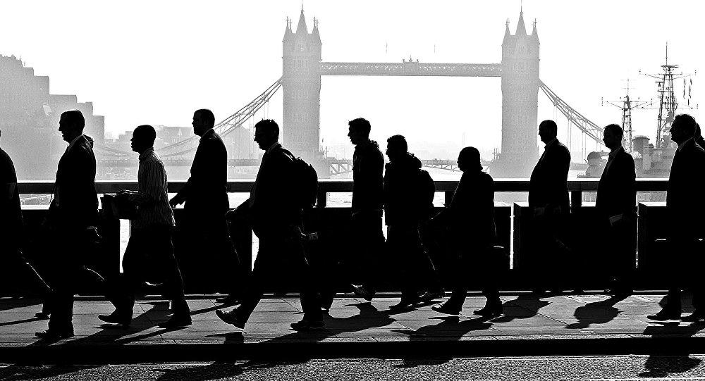 Les Européens bientôt expulsés en masse du Royaume-Uni?
