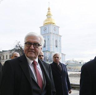 Frank-Walter Steinmeier et Jean-Marc Ayrault, Kiev, Ukraine, Feb. 23, 2016.