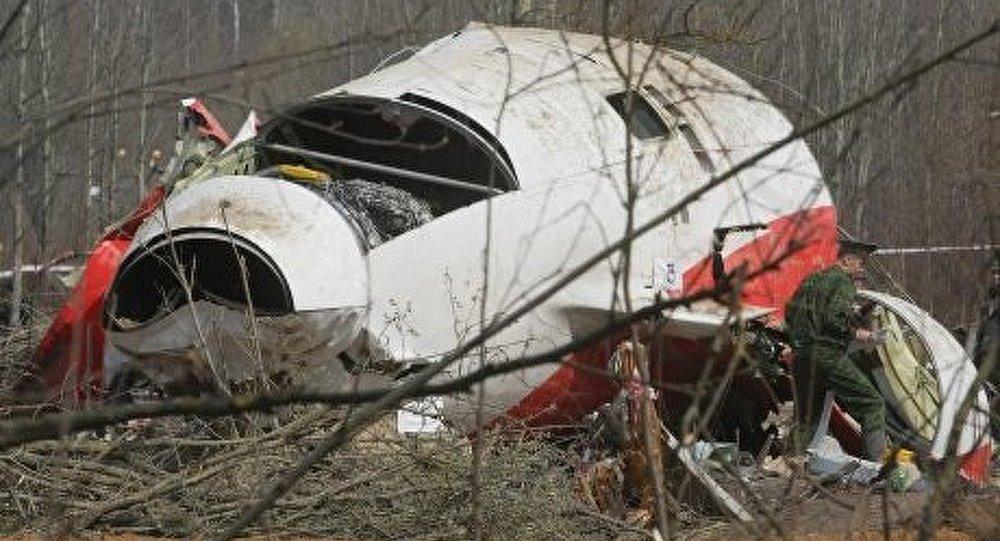 Crash de Smolensk: les thèses d'assassinat ou d'attentat absurdes (Tusk)