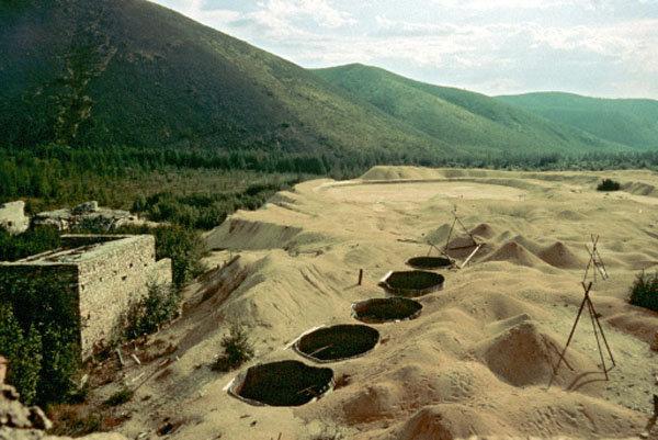 La visite des anciens camps du Goulag dans des villages du territoire de Perm permet aux voyageurs de percevoir les conditions dans lesquelles vivaient les « ennemis de l'Etat soviétique ».
