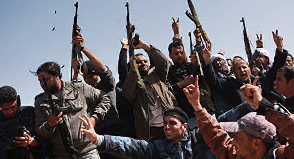 Libye : la Grande-Bretagne pourrait prendre la direction de l'opération