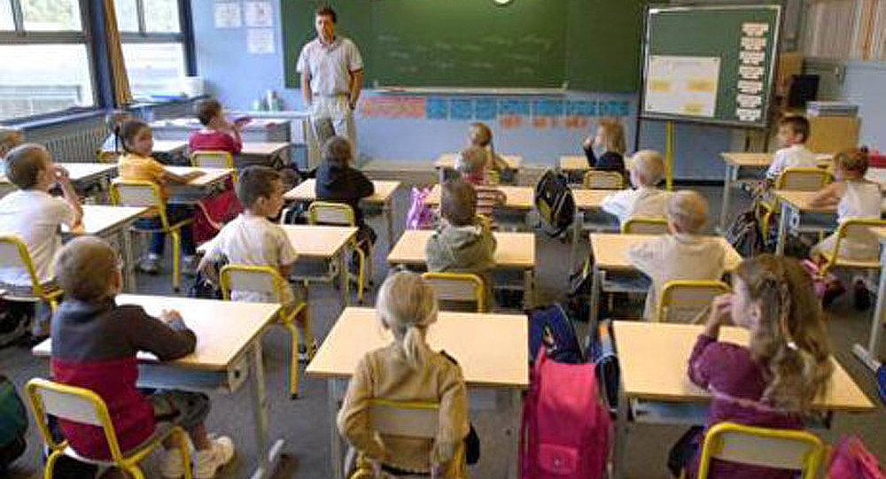 France : un enfant de 7 ans tente d'incendier son école