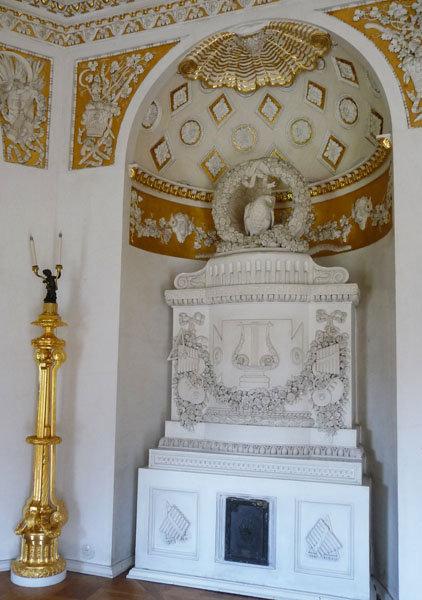 La restauration du palais a commencé dès la fin de la guerre et a été achevée en 1978.