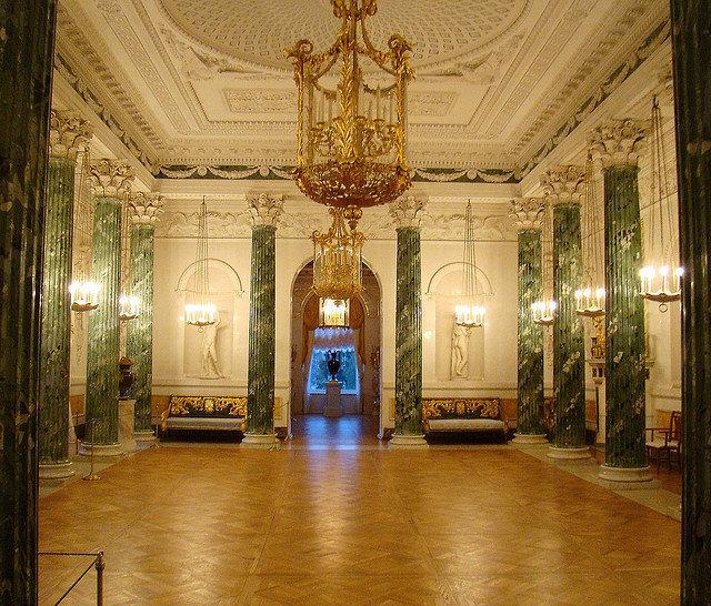 Une des salles du palais.
