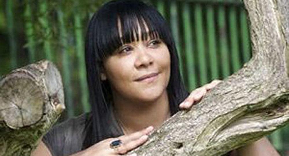 Une mère adulte perd la mémoire et se croit une ado de 15 ans