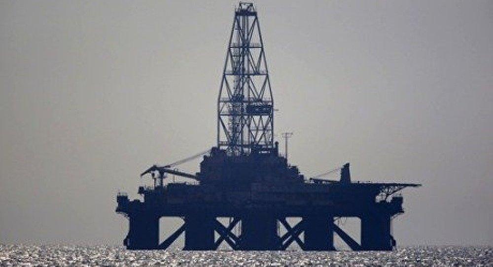 Mer du Nord: fuite de pétrole sur une plateforme de Royal Dutch Shell