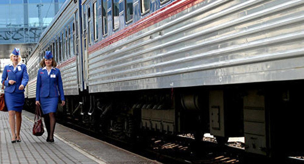 Le premier train touristique Moscou-Pékin